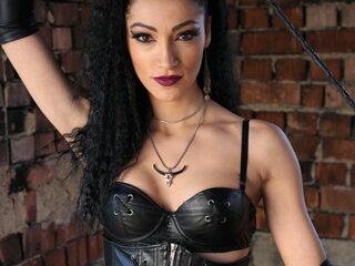 Shows photos RavenTheQueenX
